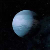 """Воды на Мутной воде, несмотря на название, нет ни капли. Это буквальный перевод с языка ханаров, в котором выражение """"мутная вода"""" означает опасность. На Мутной воде плотная, тяжелая атмосфера, состоящая из двуокиси углерода и метана, из-за чего поверхность планеты разогревается до кипения. Слишком высокие температура и гравитация не позволяют вести на планете какие бы то ни было работы."""
